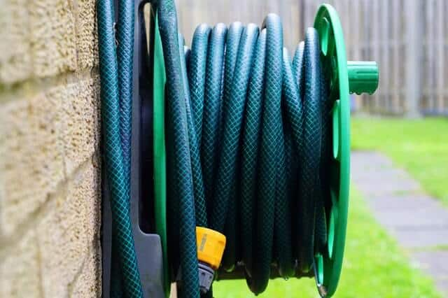 Use-garden-hose-from-backyard-to-fill-up-your-new-waterbed