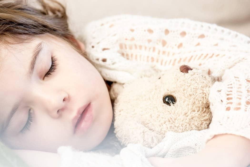 What's Good Sleep Hygiene? Get Our FREE PDF Handout!