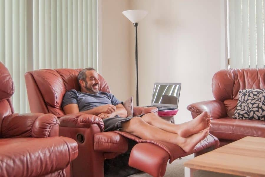 Pros and Cons of Sleeping in a Recliner Guide